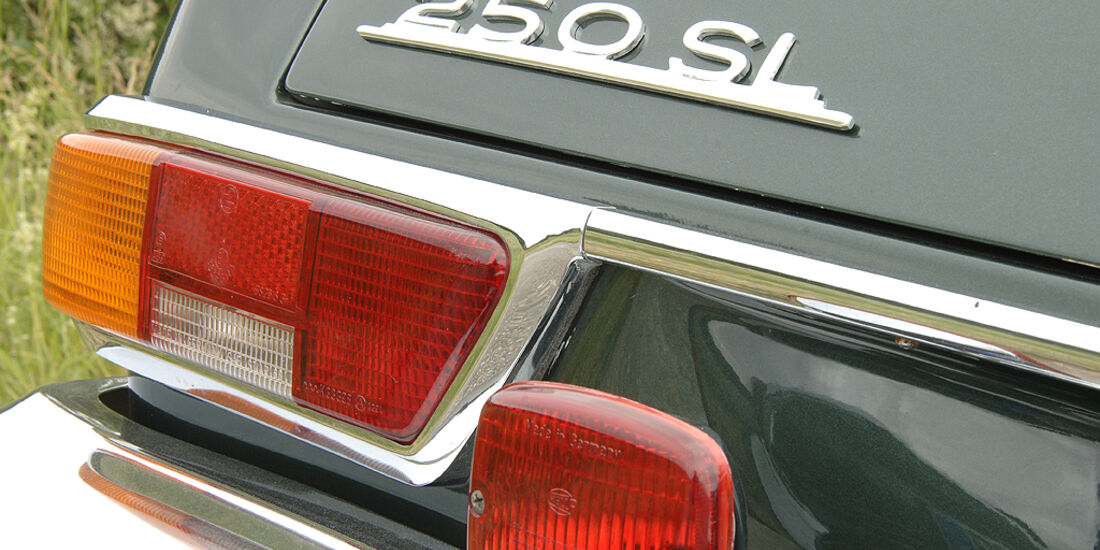 Mercedes-Benz 250 SL