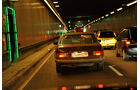 Mercedes-Benz 280 SE, Tunnel, Heckansicht