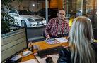 Mercedes C 63 AMG, Frontansicht, Verkaufsgepräch
