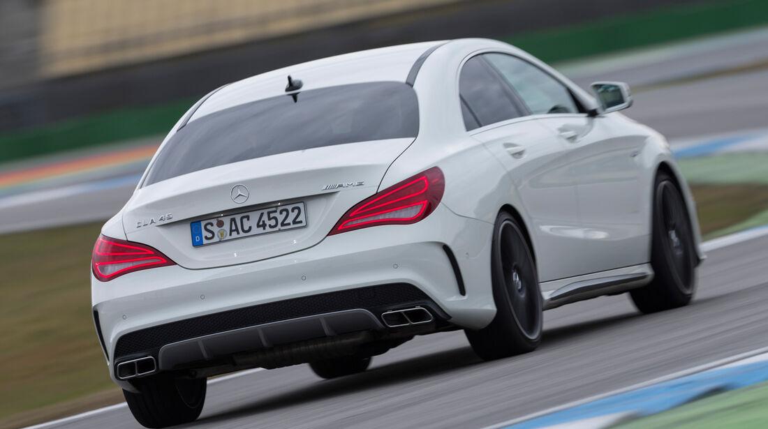 Mercedes CLA 45 AMG, Heckansicht