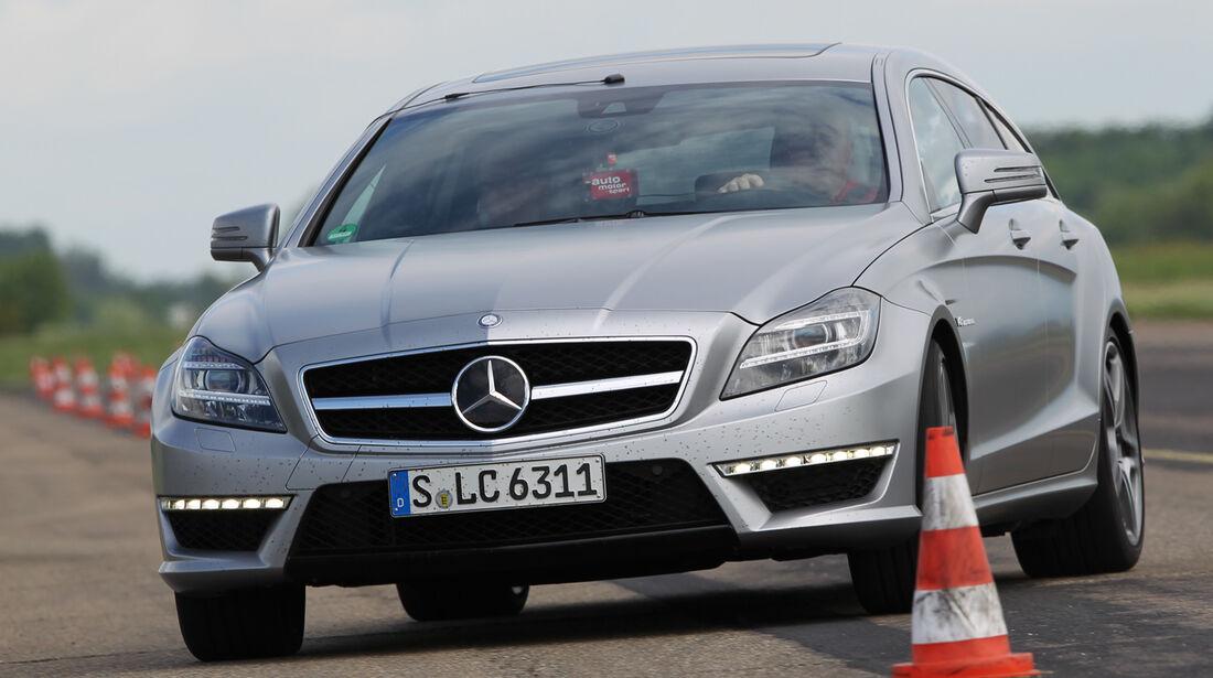 Mercedes CLS 63 AMG Shooting Brake, Frontansicht, Slalom