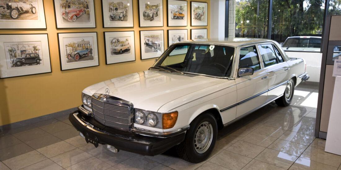 Mercedes Classic Center Irvine Mercedes 450 SEL 6.9