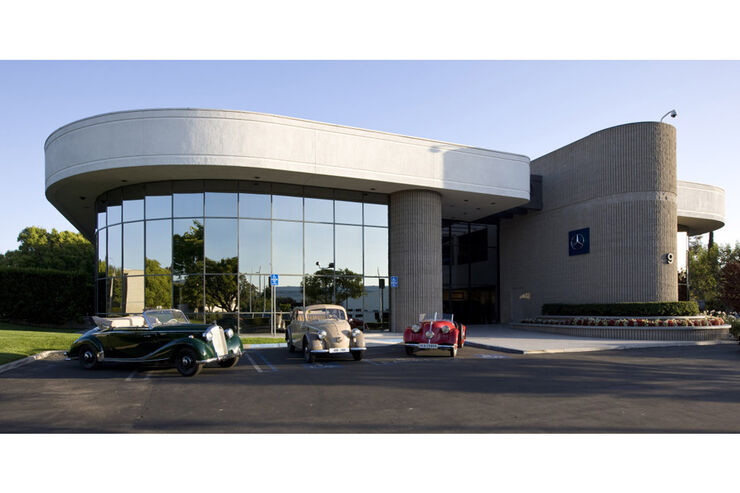 Mercedes Classic Center Irvine