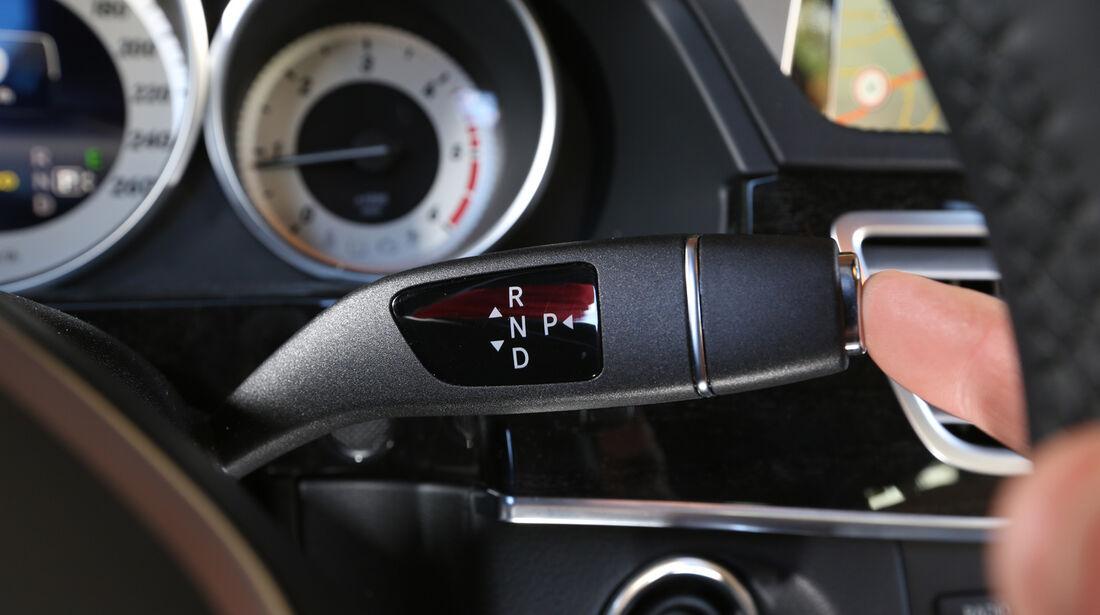 Mercedes E 200 CDI T, Lenkradhebel