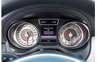 Mercedes GLA 200, Rundinstrumente