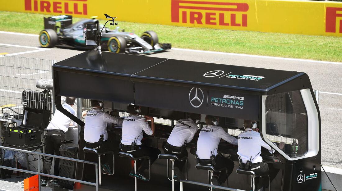 Mercedes - GP Spanien 2016 - Qualifying - Samstag - 14.5.2016