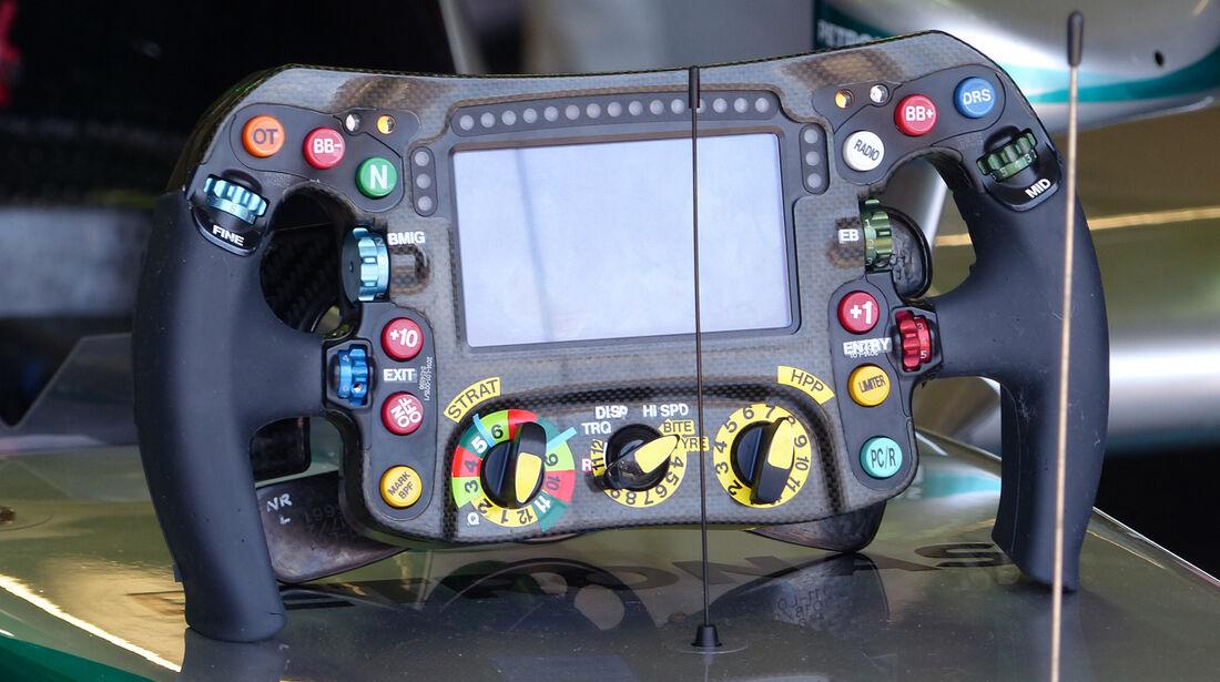 Mercedes Lenkrad 2014 - Nico Rosberg