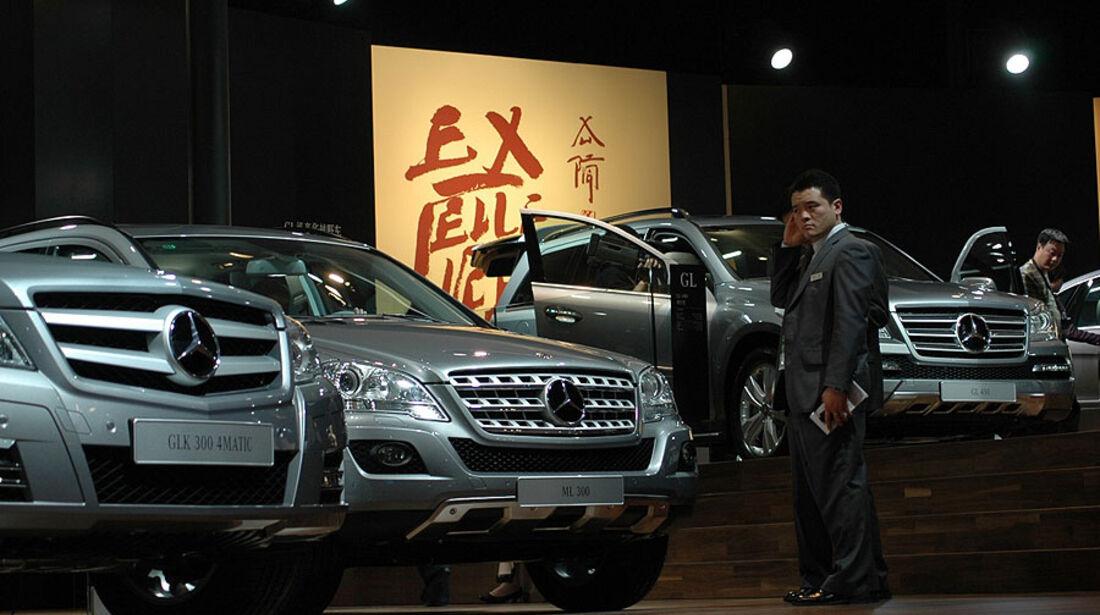 Mercedes-Messestand auf der Auto China 2010