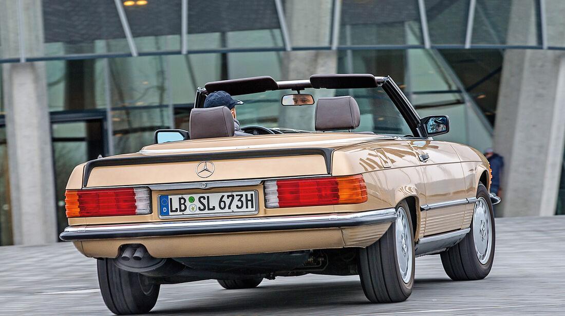 Mercedes R107, Heckansicht