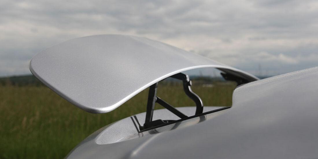 Mercedes SLS, Heckspoiler