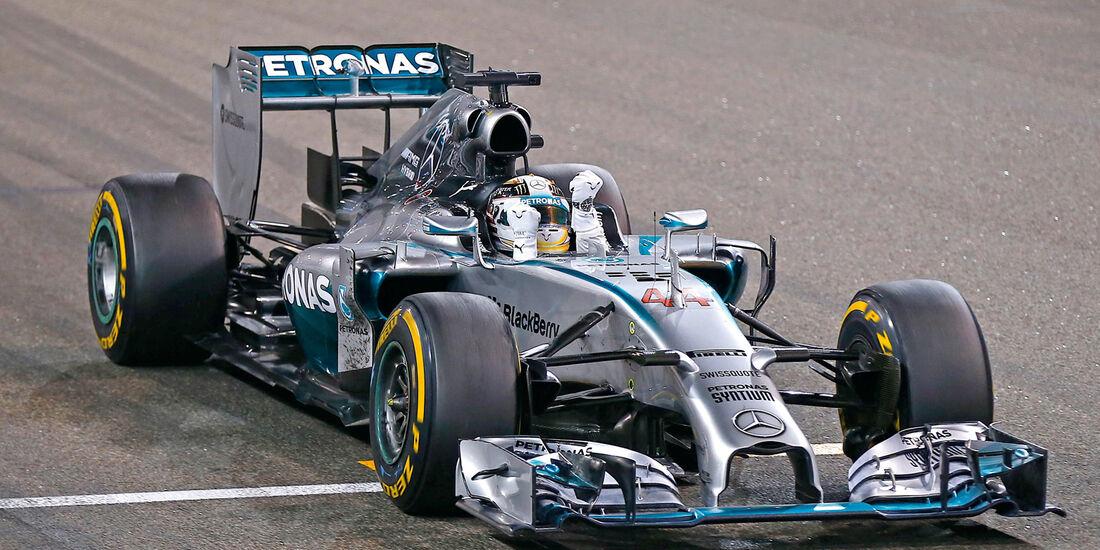 Mercedes-Silberpfeile, Zieldurchfahrt in Abu Dhabi