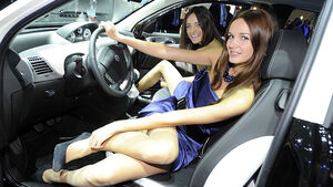 Messegirls Autosalon Paris 2010
