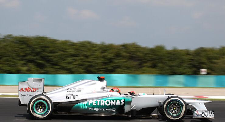 Mercedes in der Krise: Silberpfeil mit grundlegenden Problemen ...
