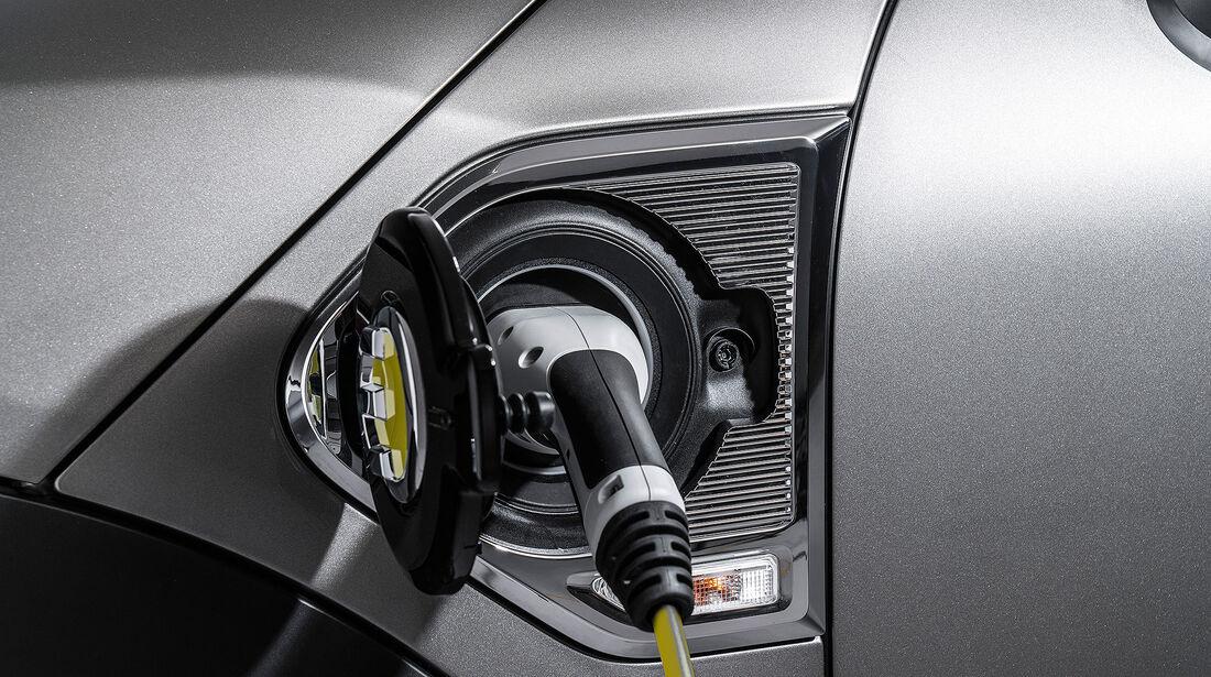Mini Cooper S E Countryman ALL4 Plug-in-Hybrid 2017 Ladestecker