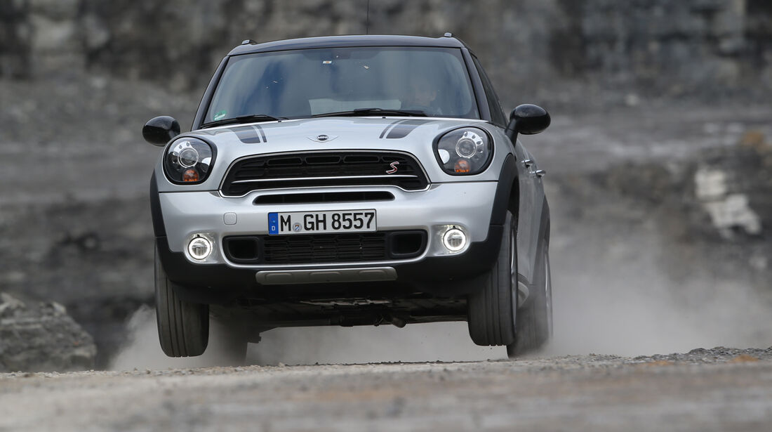 Mini Cooper SD Countryman All4, Frontansicht, Sprung