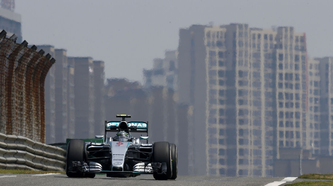 Nico Rosberg - Mercedes - Formel 1 - GP China - Shanghai - 10. April 2015