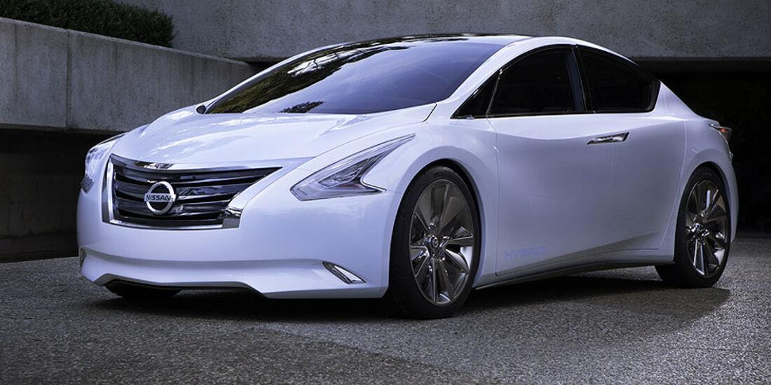 Nissan Ellure Exterieur