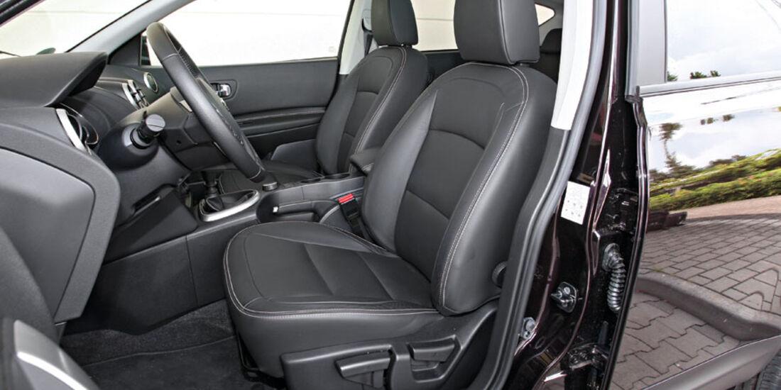 Nissan Qashqai, Innenraum, Sitze