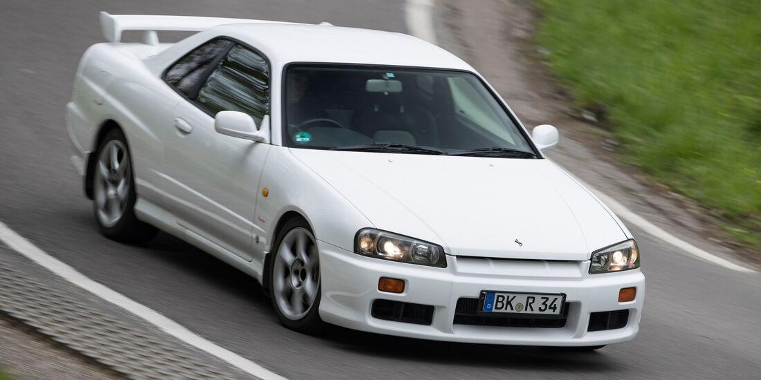 Nissan Skyline, Frontansicht