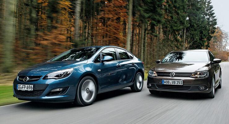 Opel Astra 1.7 CDTi Ecoflex, VW Jetta 1.6 TDI, Frontansicht