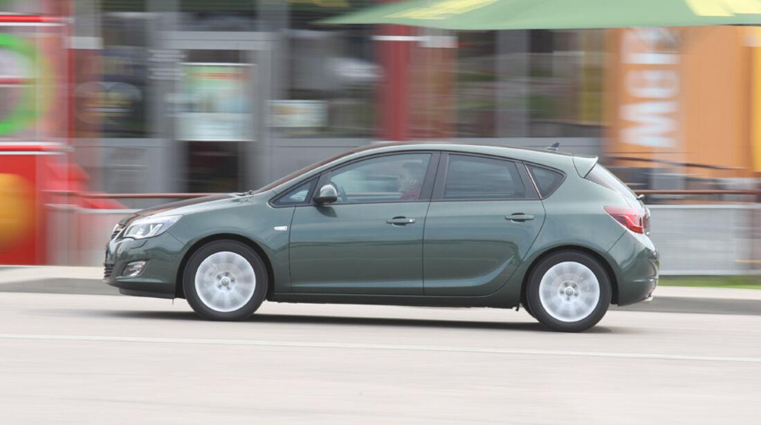 Opel Astra 2.0 CDTi Ecotec Design Edition, Seitenansicht