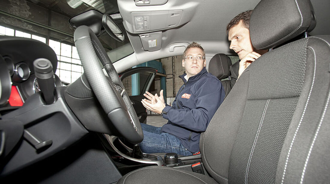 Opel Astra Sports Tourer, Fahrersitz