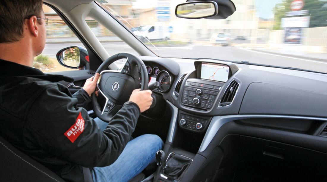 Opel Zafira Tourer 1.4 Turbo, Cockpit