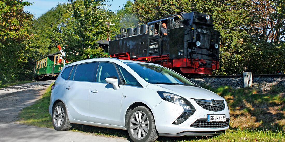 Opel Zafira Tourer 2.0 CDTI Biturbo, Seitenansicht