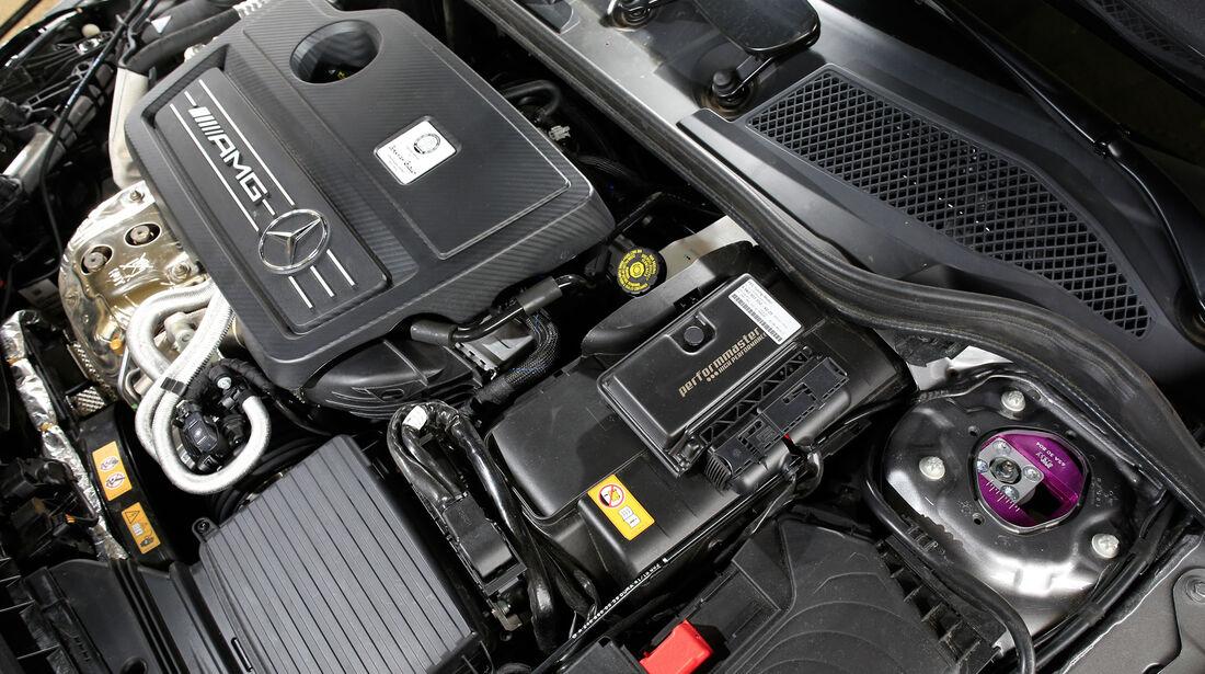 Performmaster-Mercedes-AMG A 45, Motor