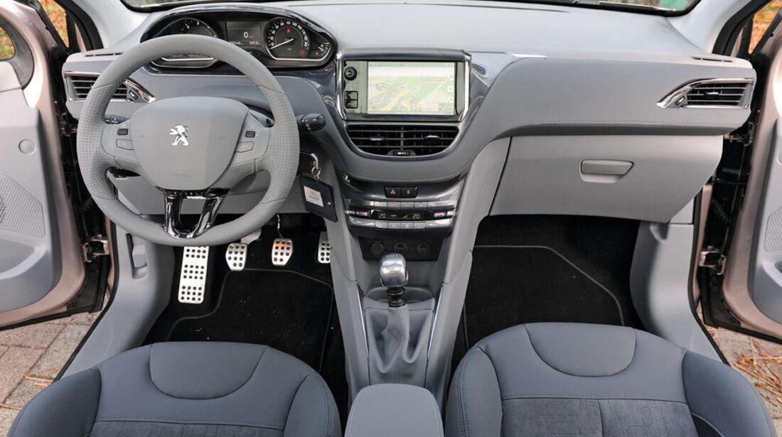 Peugeot 208, Cockpit