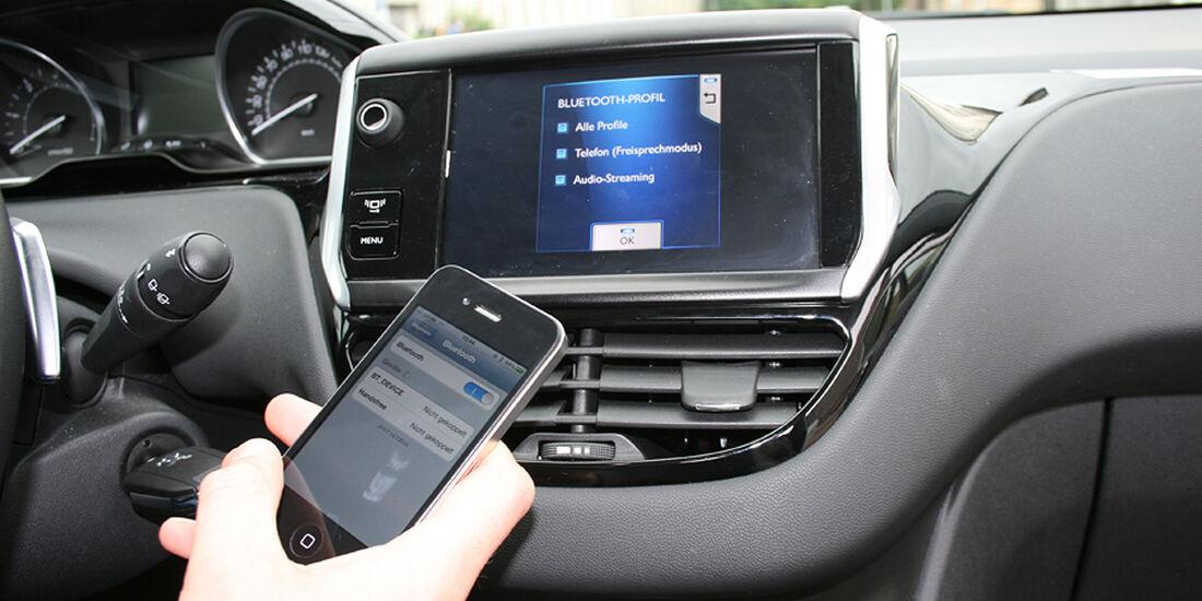 Peugeot 208, Innenraum-Check, Bluetooth