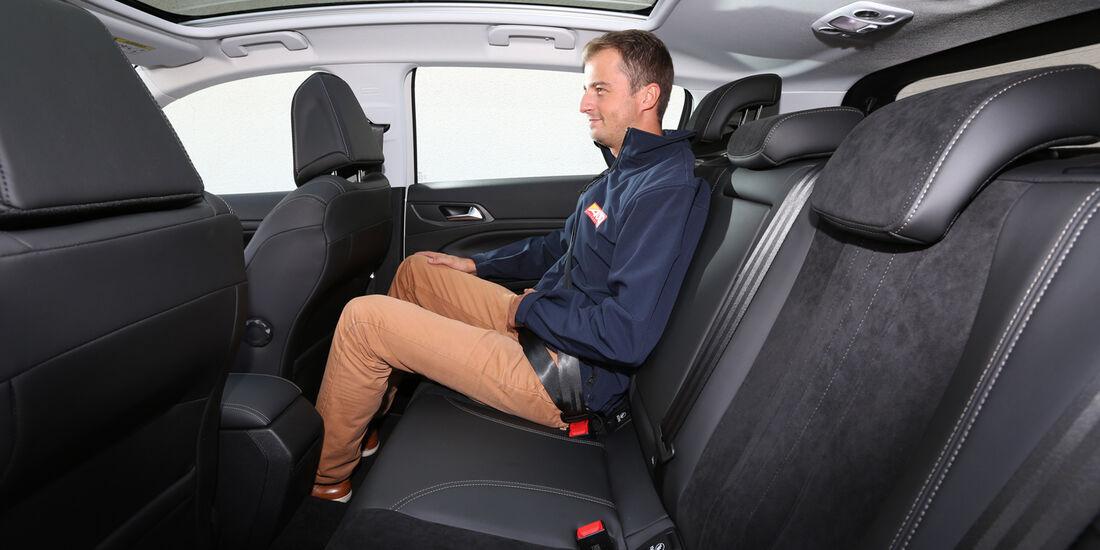 Peugeot 308 e-HDi 115, Fondsitz, Beinfreiheit