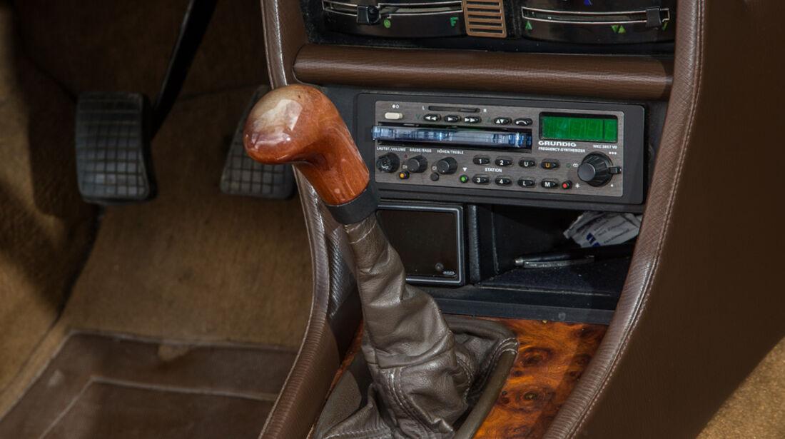 Peugeot 504 TI Cabrio, Mittelkonsole, Schalthebel