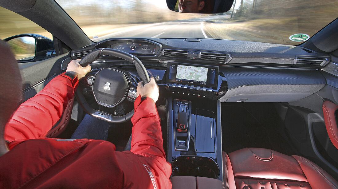 Peugeot 508 SW PureTech 180, Interieur