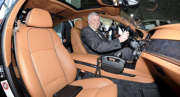 Politiker und ihre Dienstwagen, Seehofer, BMW 750 LI