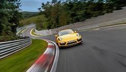 Porsche 911 Turbo S (991 II) - Supertest - sport auto 3/2018