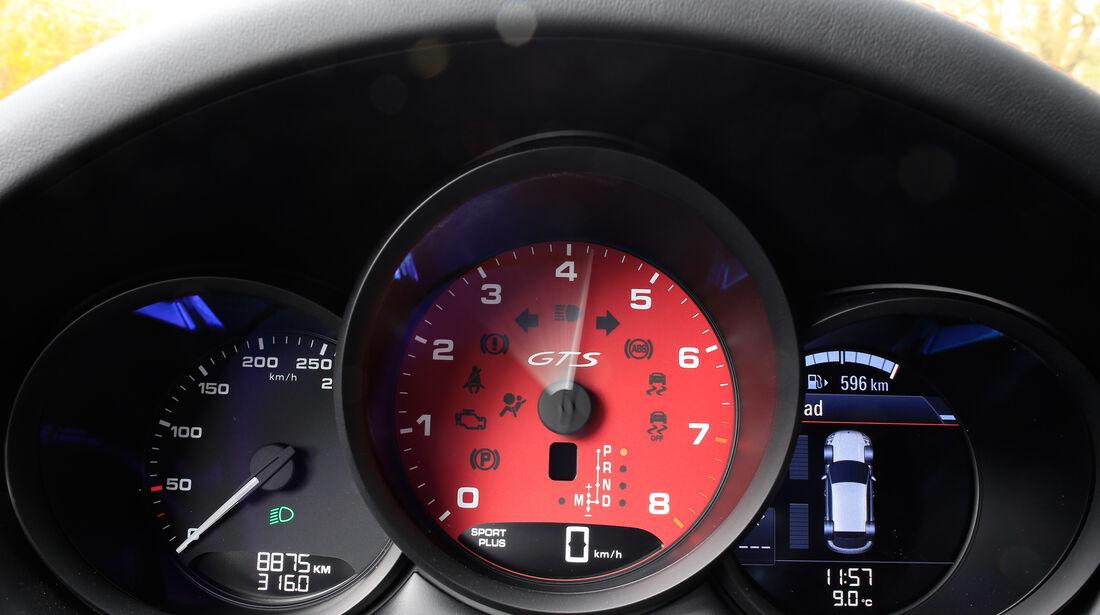 Porsche Macan GTS, Rundinstrumente