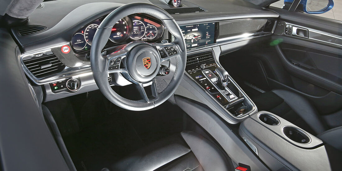 Porsche Panamera Turbo, Cockpit