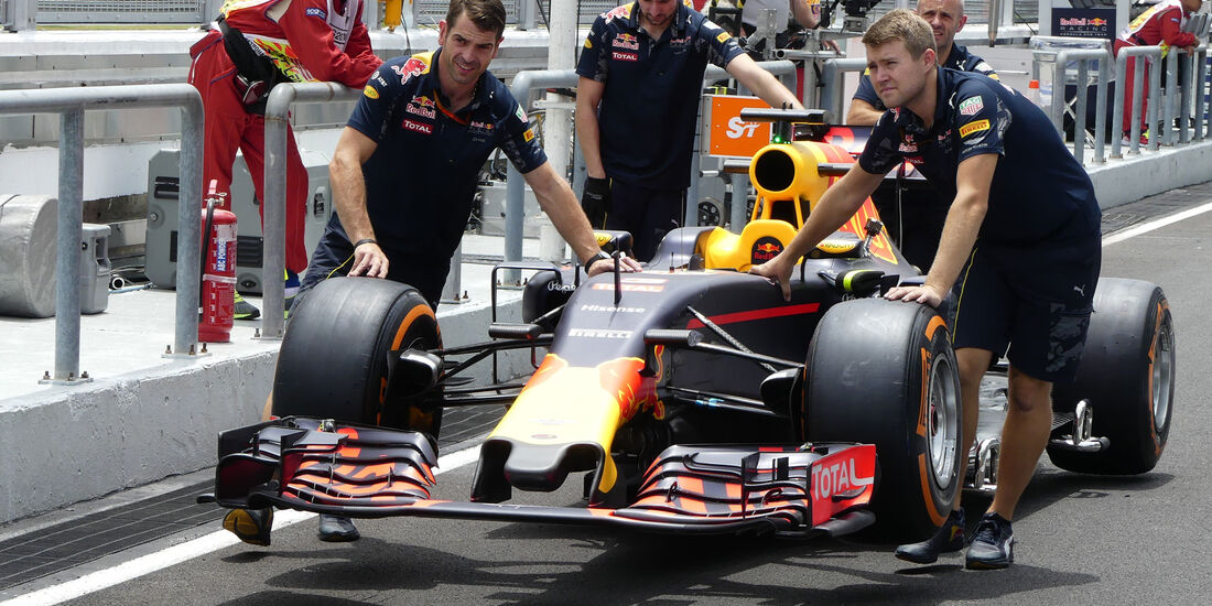 Red Bull - Formel 1 - GP Malaysia - Donnerstag - 29.9.2016