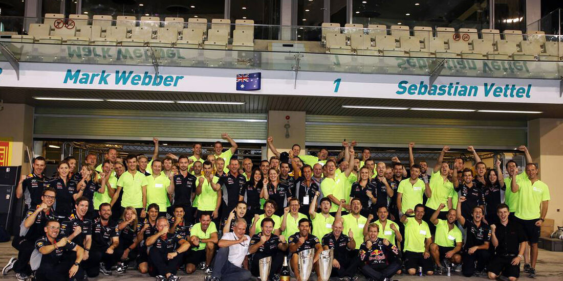 Red Bull Team - Formel 1 - GP Abu Dhabi - 03. November 2013