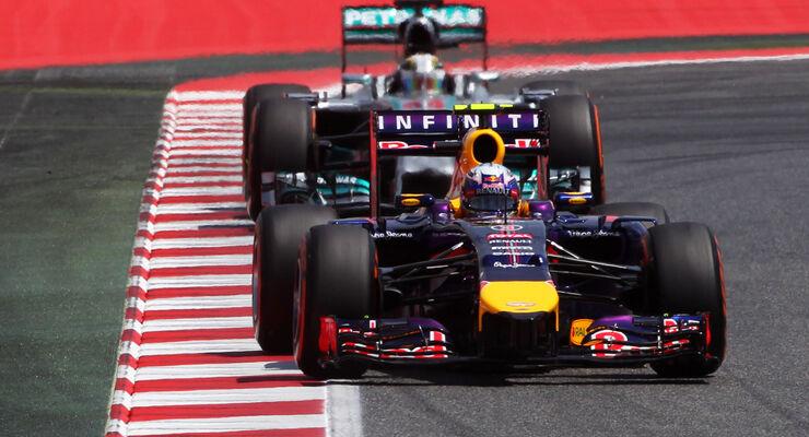 Red Bull vs Mercedes - GP Spanien 2014