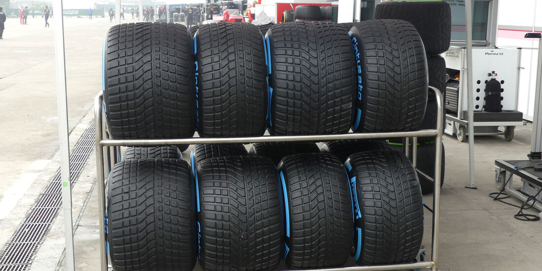 Regenreifen - Pirelli - Formel 1 - GP China - Shanghai - 6.4.2017