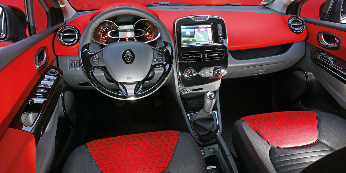 Renault Clio Grandtour dci 90, Cockpit, Lenkrad