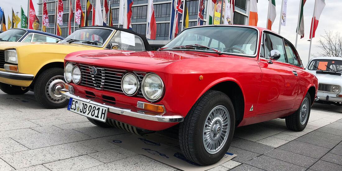 Retro Classics Stuttgart 2018 Markt Rundgang