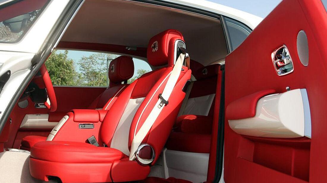 Rolls Royce Baynunah Phantom