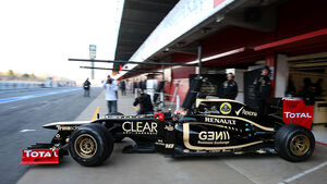 Romain Grosjean Lotus F1 Test 2012 Barcelona