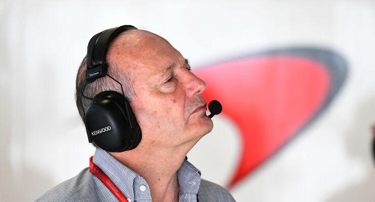 Ron Dennis - McLaren-Honda - Formel 1 - GP Japan - Suzuka - Qualifying - Samstag - 8.10.2016