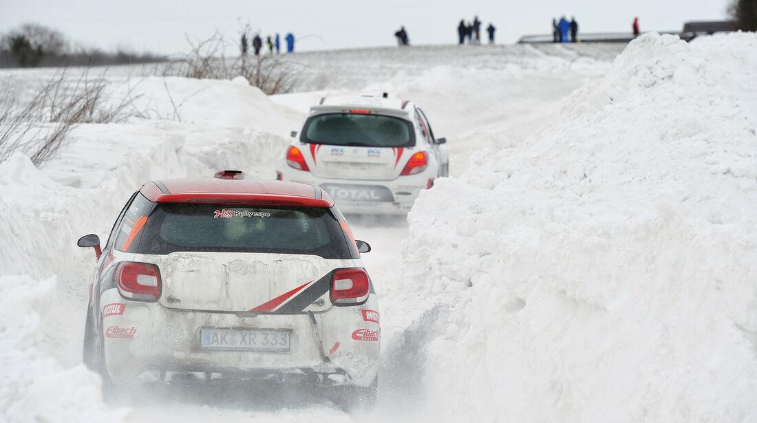 Schneemauer, Rennszene