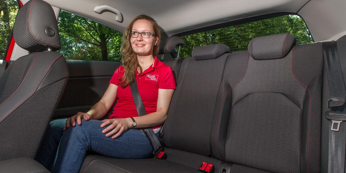 Seat Leon SC 1.4 TSI, Rücksitz, Beinfreiheit