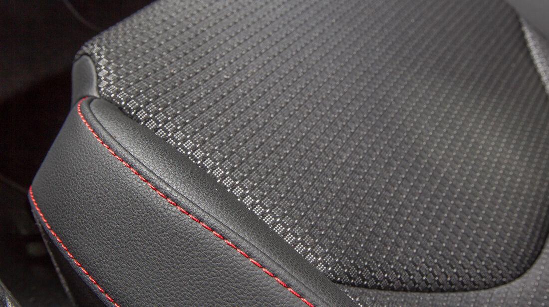 Seat Leon SC 1.4 TSI, Ziernaht